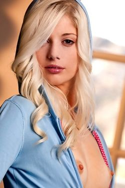 Charlotte Stokely natural beauty