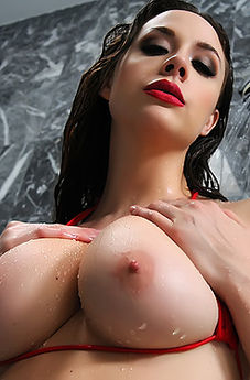 Chanel Preston Getting Dirty In The Shower